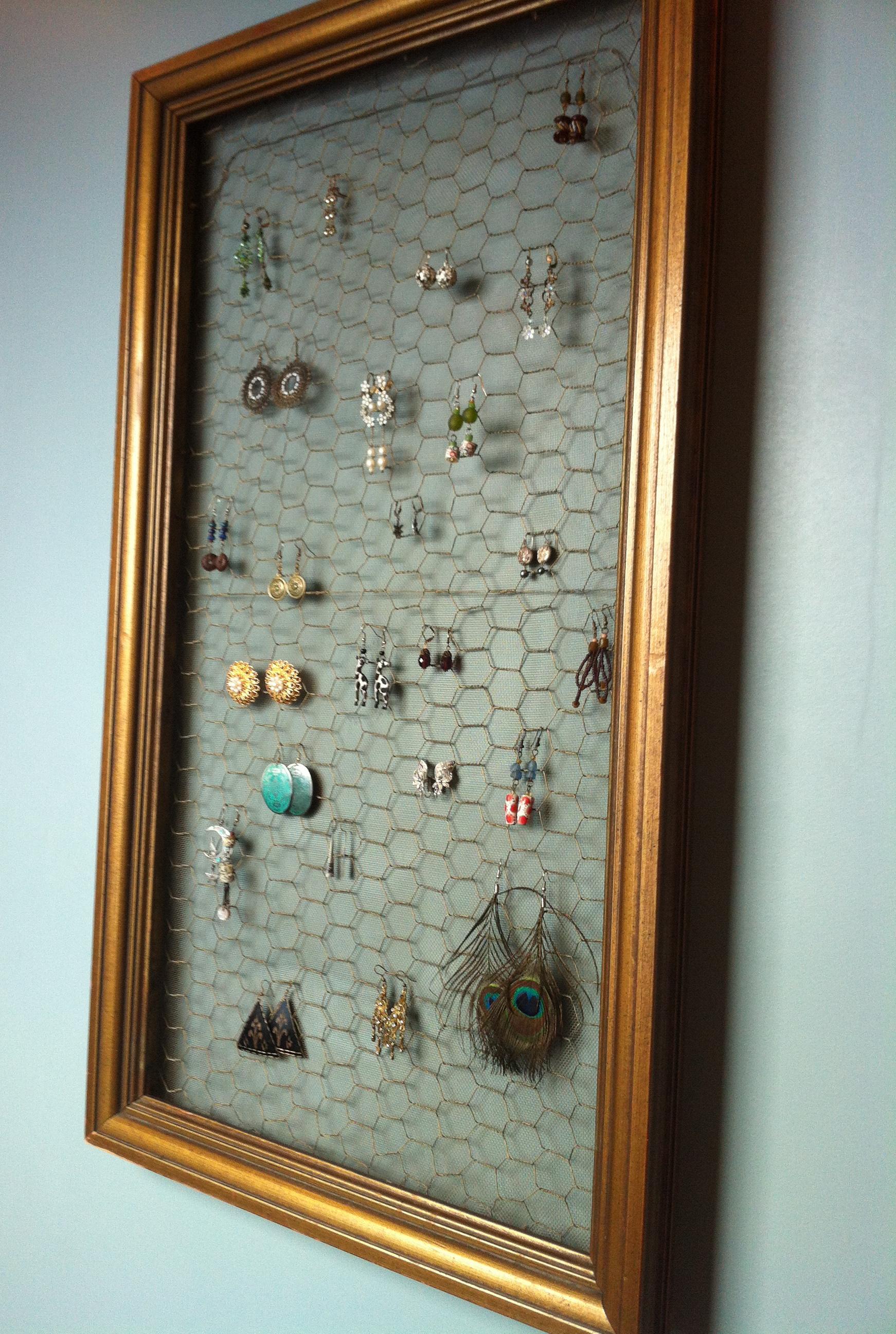 DIY Earring Display | Back Bayou Vintage
