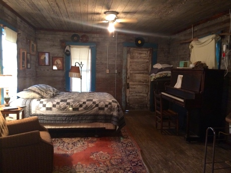Romantic Getaway - The Shack Up Inn